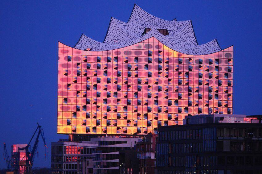 Elbphilharmonie Hamburg Elbphilharmonie Hamburg In 2020 Hamburg Hamburg Reise Stadtereise Hamburg