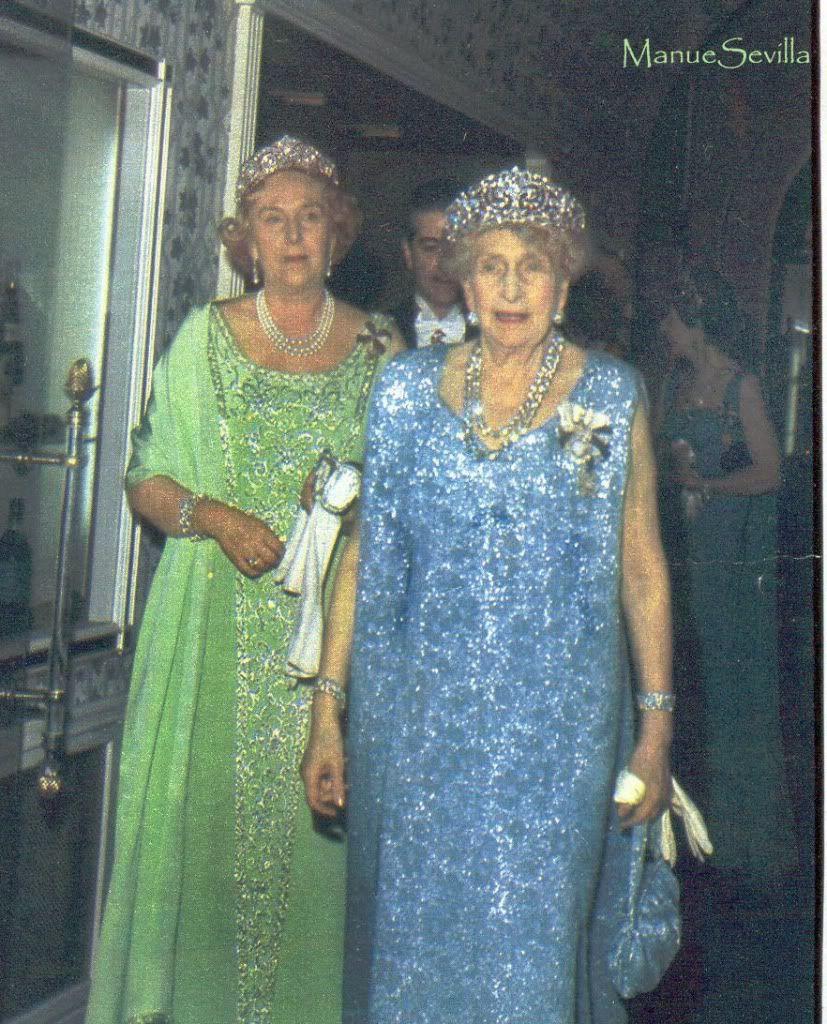 Añado aqui una fotografia de la Infanta Cristina con el mismo ...