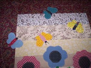 HANDMADE-QUILTED-APPLIQUED-SPRINGTIME-STRIP-BUTTERFLY-FLOWERS-MINI-QUILT-TOP