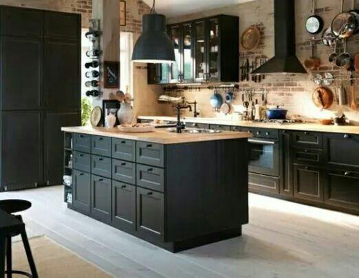 KJØKKENØY Skaff deg god arbeidsplass med en kjøkkenøy Her er