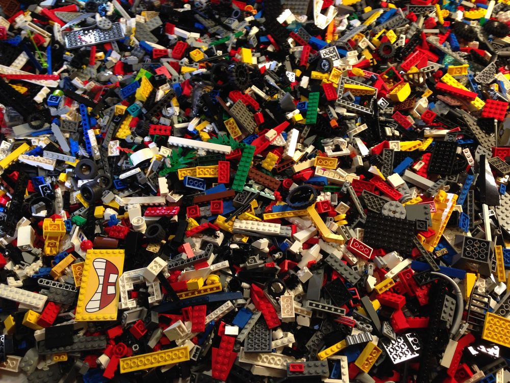 SMALL DETAIL MIX OF LEGO LEGOS PIECES HUGE BULK LOT BRICKS PARTS BRAND NEW 100