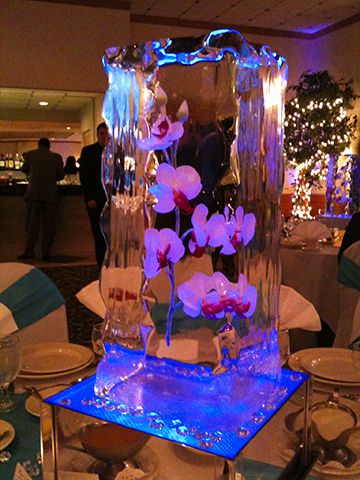 day 72 wedding ice sculpture