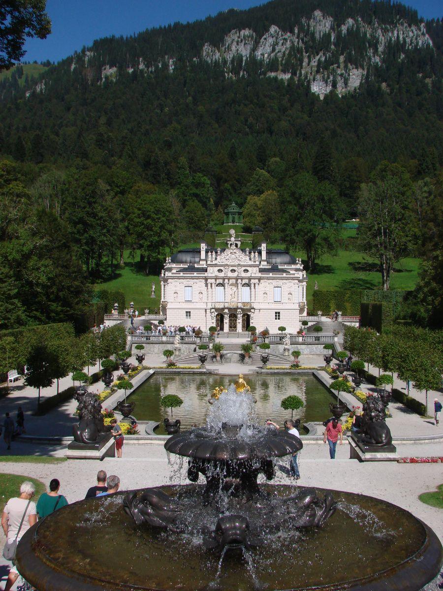 Willkommen In Einer Marchenwelt Schloss Linderhof Schloss Linderhof Hof Schloss