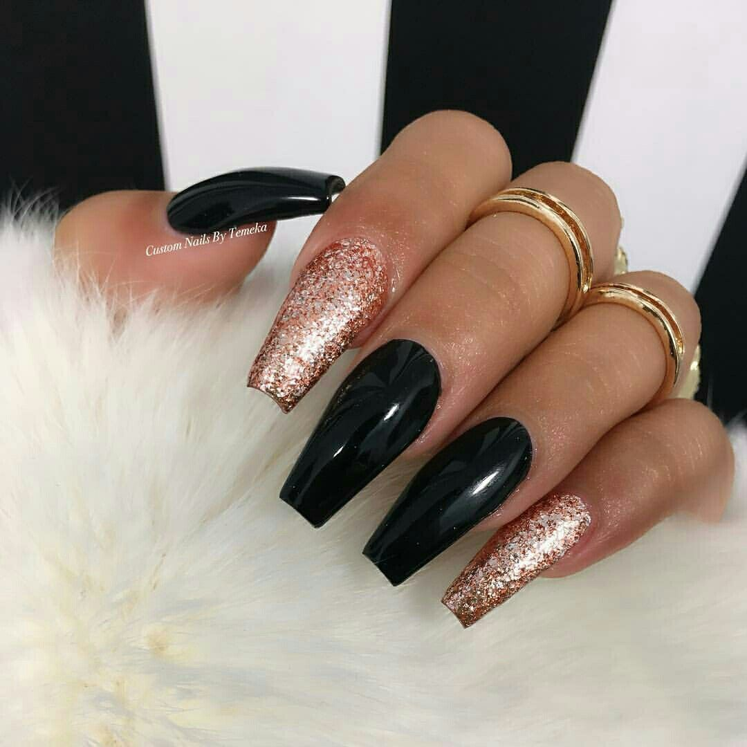 Pinterest Iiiannaiii Coffin Nails Designs Gold Nails Red And Gold Nails