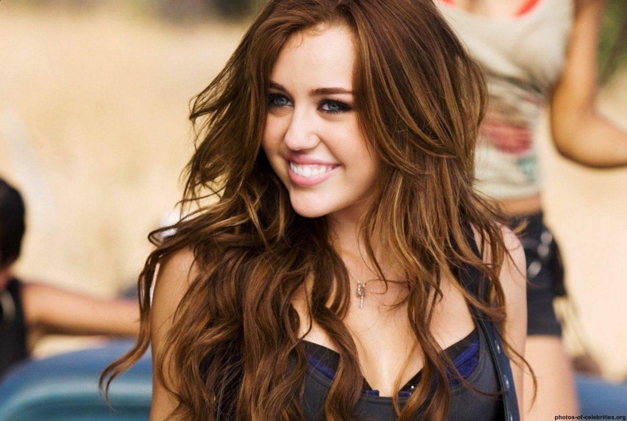 Miley Cyrus Bedroom Wallpaper Miley Cyrus Hd Wallpaper Desktop Http 69hdwallpaperscom Miley