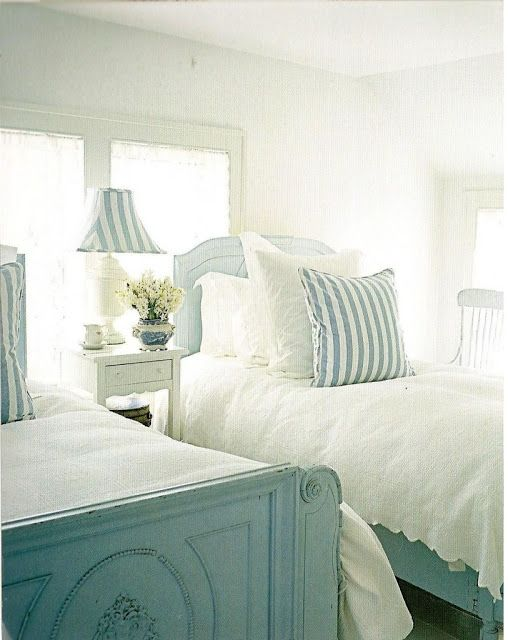 So pretty and light (twenty twin bedrooms at this link) Turquoise