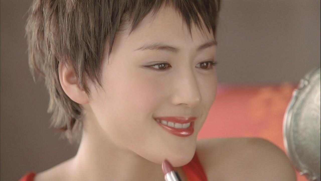 Haruka Ayase 綾瀬はるか P G Sk Ii Cm 綾瀬はるか 芸能人 ワンレンボブ
