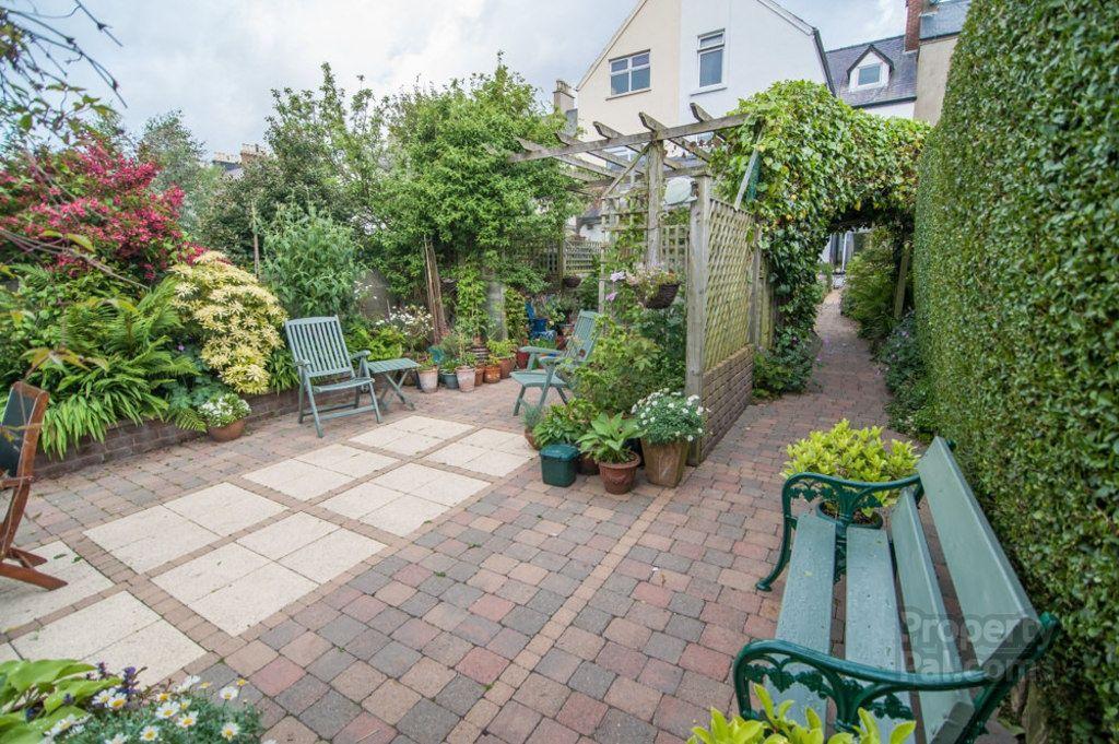 23 Ballyholme Esplanade, Bangor Small garden design