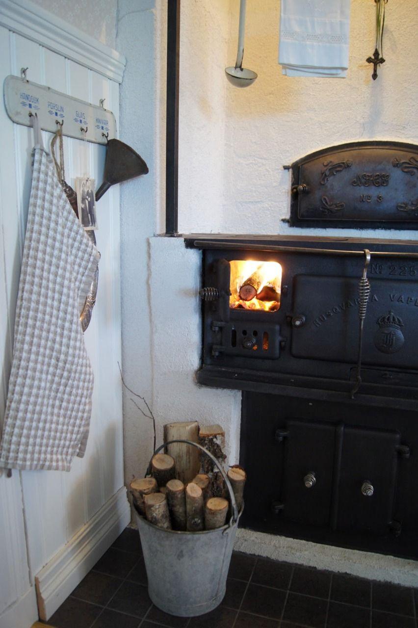 Wood Burning Stove Perfect Set Up Like The Concrete Set
