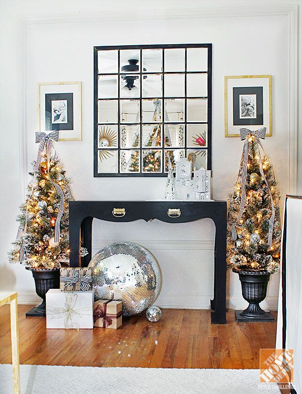 Christmas Decorating Ideas Black Brown White Living Room Gold Christmas Decorations Decor White Living Room #side #table #living #room #ideas