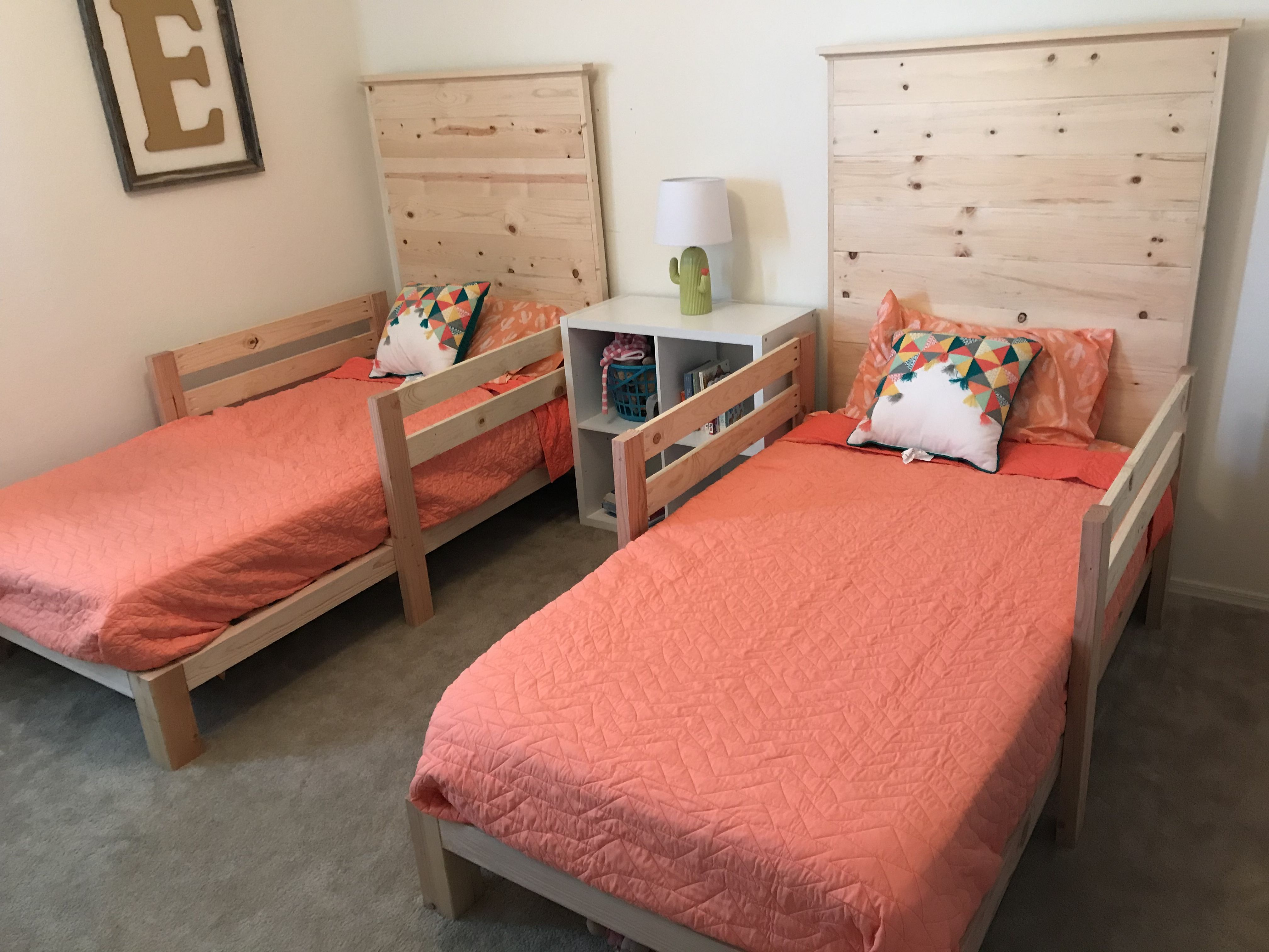Diy Twin Beds And Side Rails Diy Twin Bed Bed