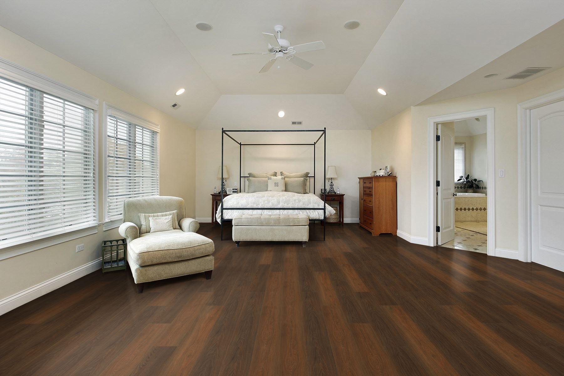 Farmland Oak Laminate Flooring Oak Laminate White Bedroom Design Flooring