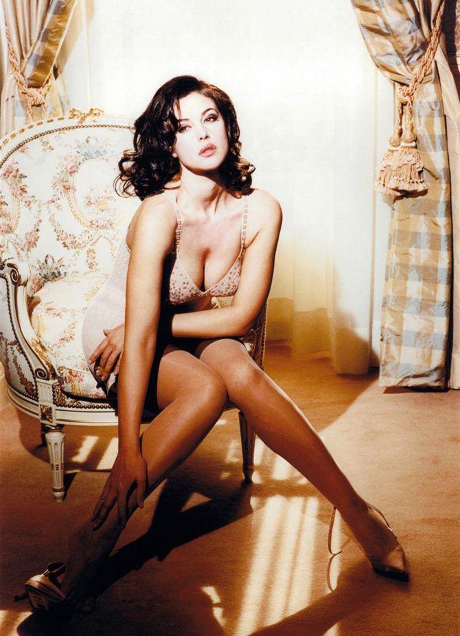 самые красивые эротические актрисы из италии на видео вместо этого мне
