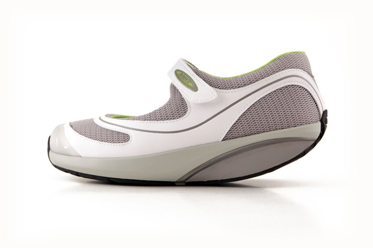 Orthopaedic shoes for women, Fashion Stylish while Curing Leg Healthy  Problems