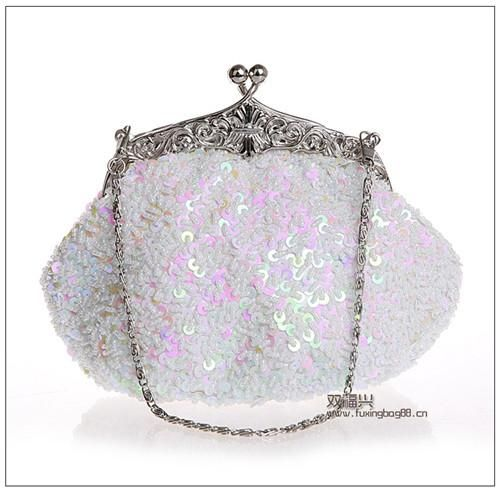 2016 New arrival Clutch Purse Silver Crystal Evening Bag Women Wedding  Diamantes Party Bridal Handbags Gold 695e673c3d1a7