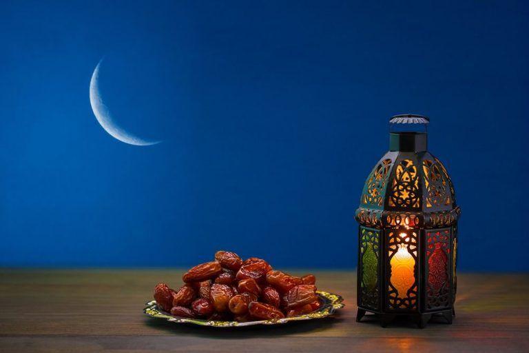 عکس ماه رمضان ویژه پروفایل متنهای تبریک ماه رمضان در این مطلب از سایت تفریحی ۵ عصر تعدادی عکس ماه رمضان ویژه پرو Ramadan Ramadan Kareem Happy Ramadan Mubarak