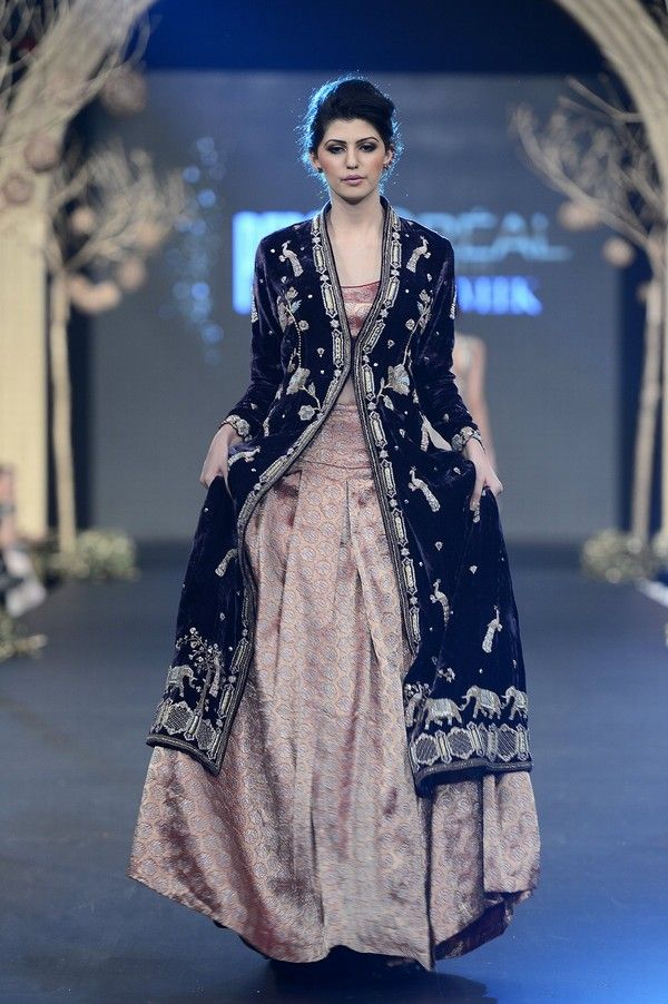 SANA SAFINAZ a top most classic brand of Pakistan first time ...