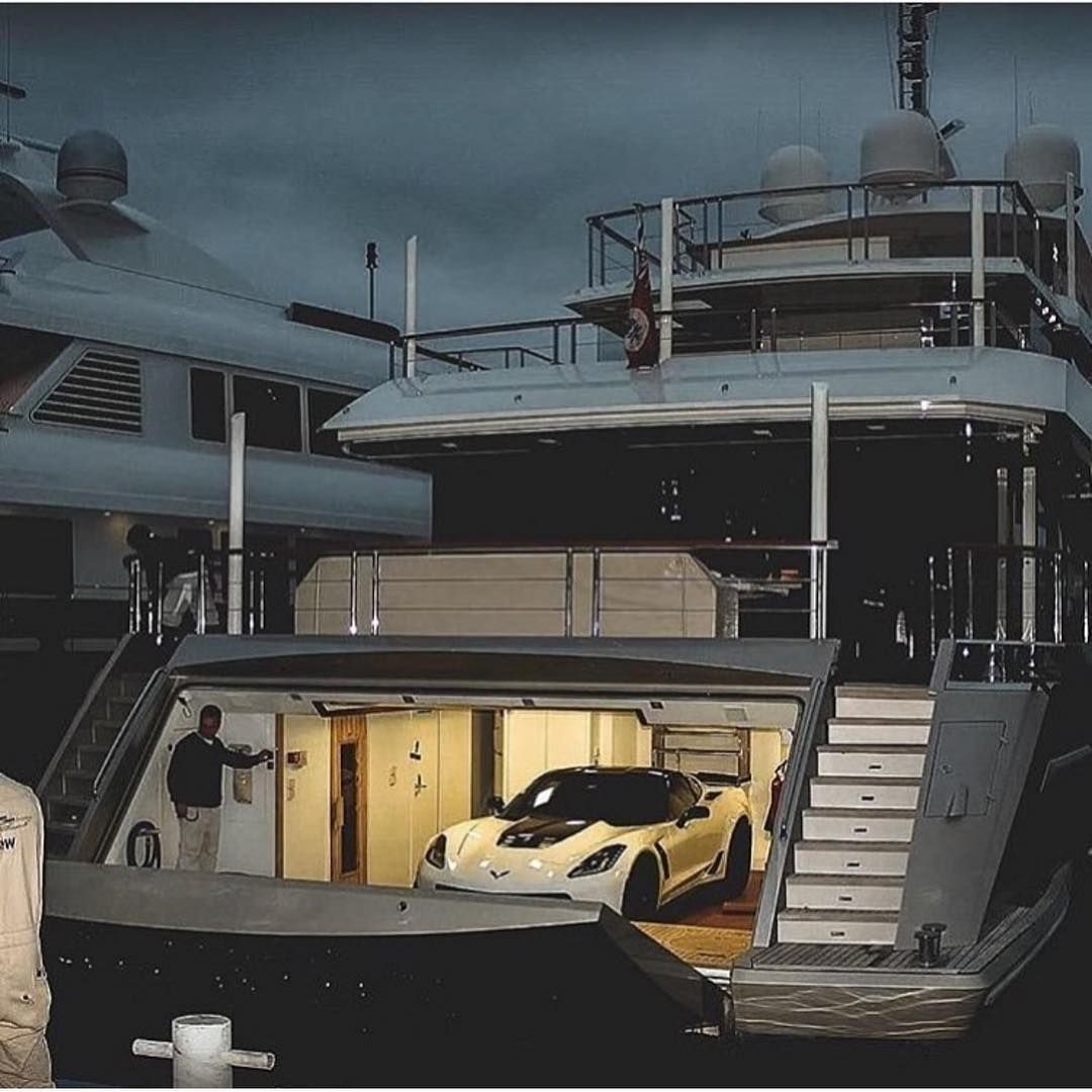 27 Million Dollar Yacht With A Garage Comment Below What Car Would You Get In Below Comment Dollar Garage Mi Boats Luxury Yacht Design Luxury Yachts
