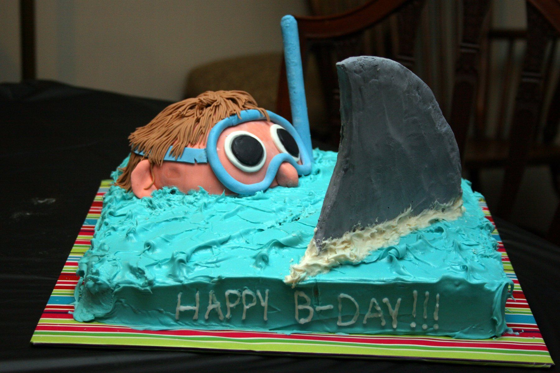 Easy Shark Birthday Cake I Saw This Design Somewhere Else Family Fun Magazine Think It Was Really And Perfect For My Sons