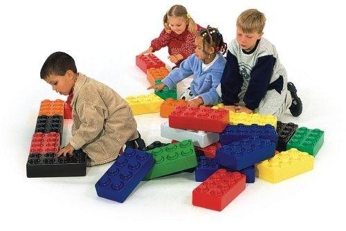 Voor uw speelhoek hebben wij deze mooie set Reuze