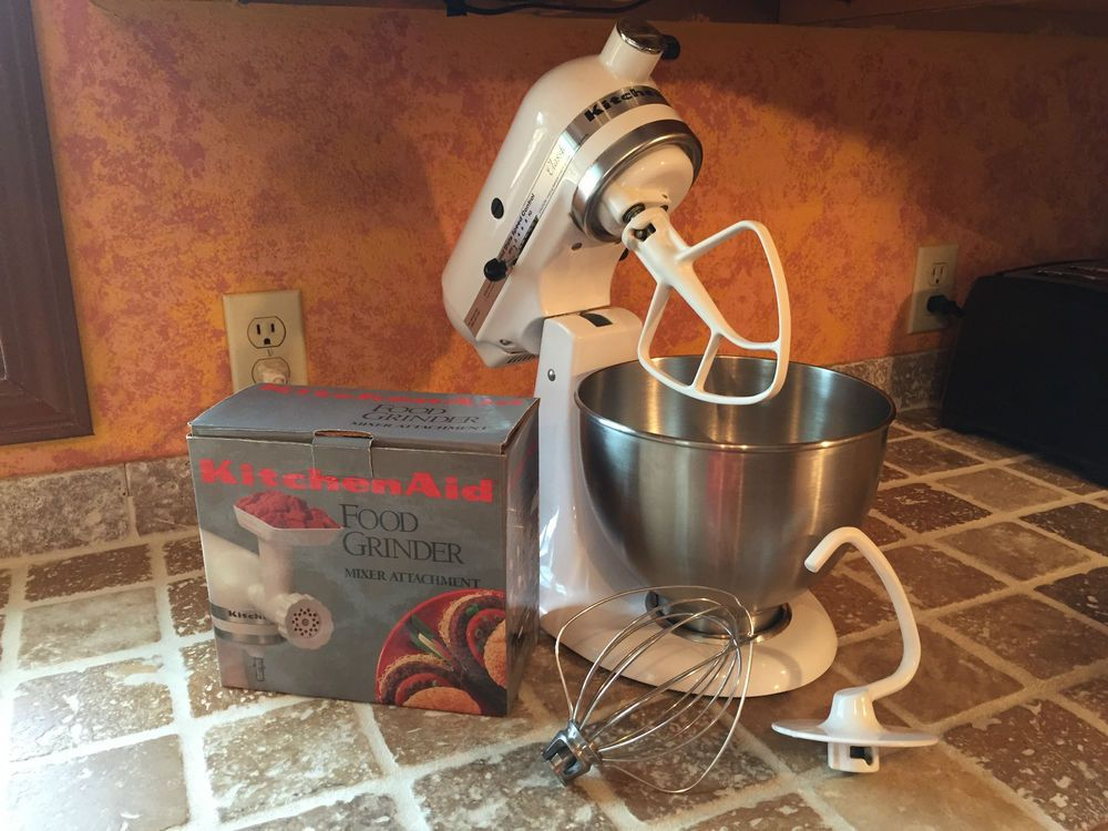 Kitchen aid classic mixer k45ss plus many accessories