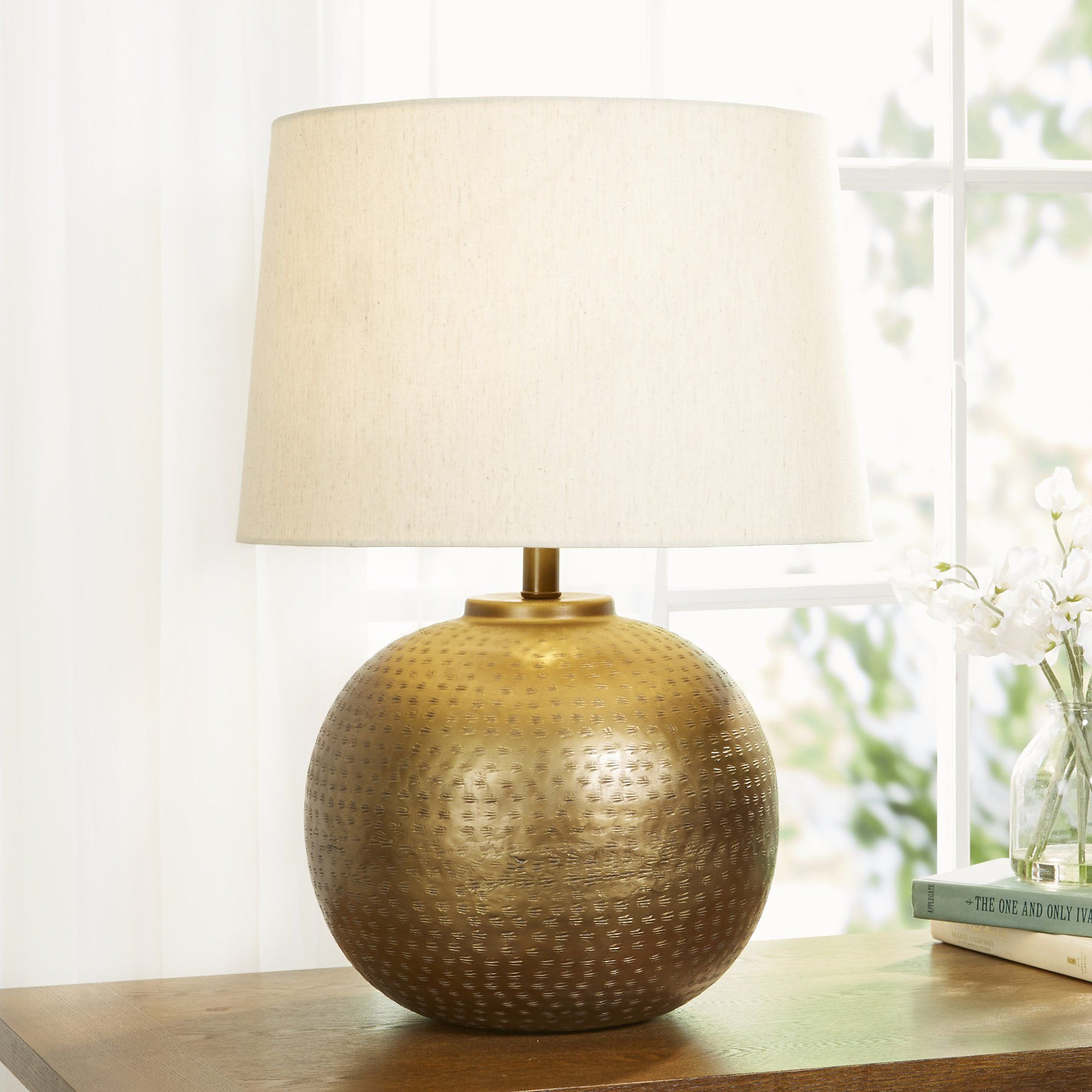 This Table Lamp Rounds Out Modern Design With A Rustic Aesthetic For Stunning Results Tonal Texturing Gives T Rustic Doors Rustic Fireplaces Rustic Chandelier