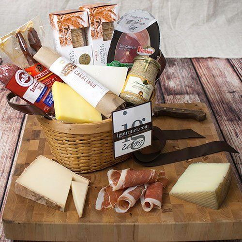 Connoisseur's Meat and Cheese Gift Basket (6 pound) | Cheese gifts ...