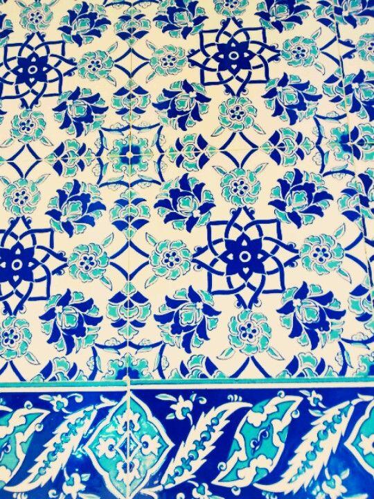 이태원 이슬람 사원에서 찍은 타일2