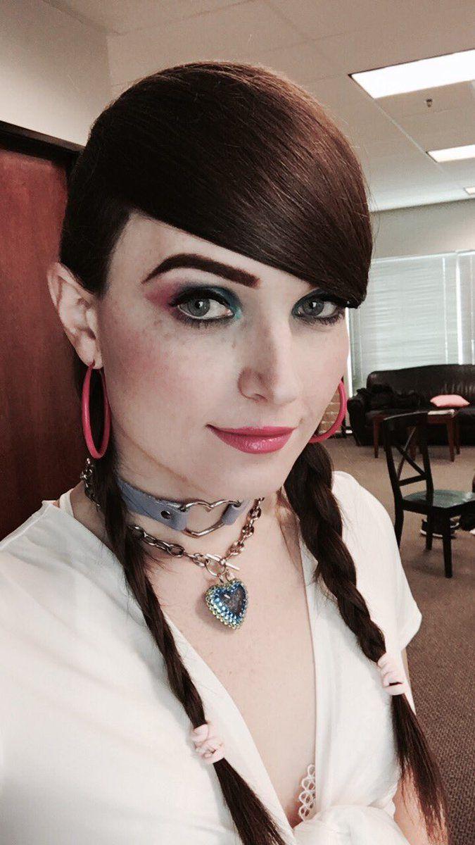 Natalie Mars On Crossdressers Tgirls And Boobs