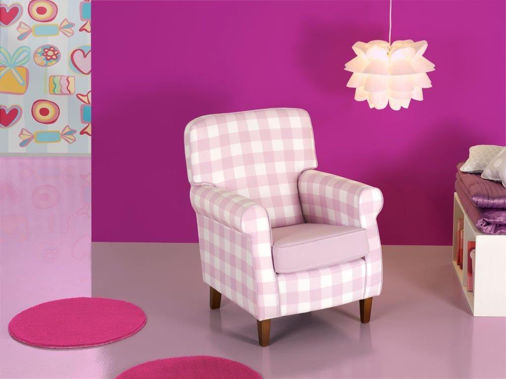 Butaca Con Cuadros Vichy Rosas Y Blancos Muebles  ~ Sillon De Lactancia El Corte Ingles
