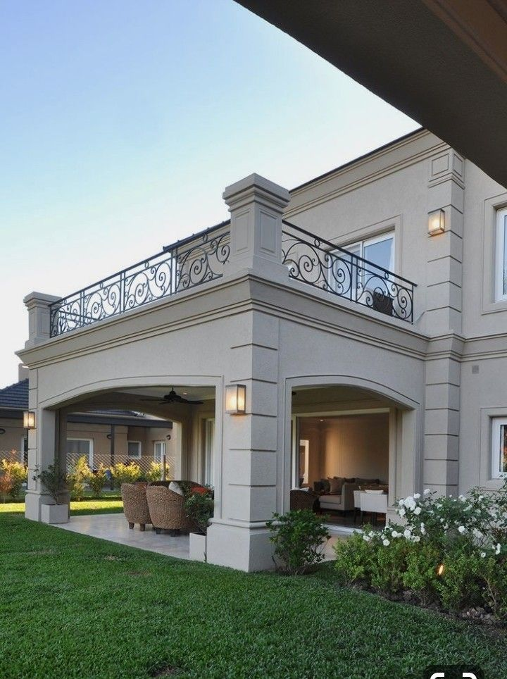Pin By Maya Alsinawi On Krylco In 2020 Classic House Exterior House Exterior Classic House Design