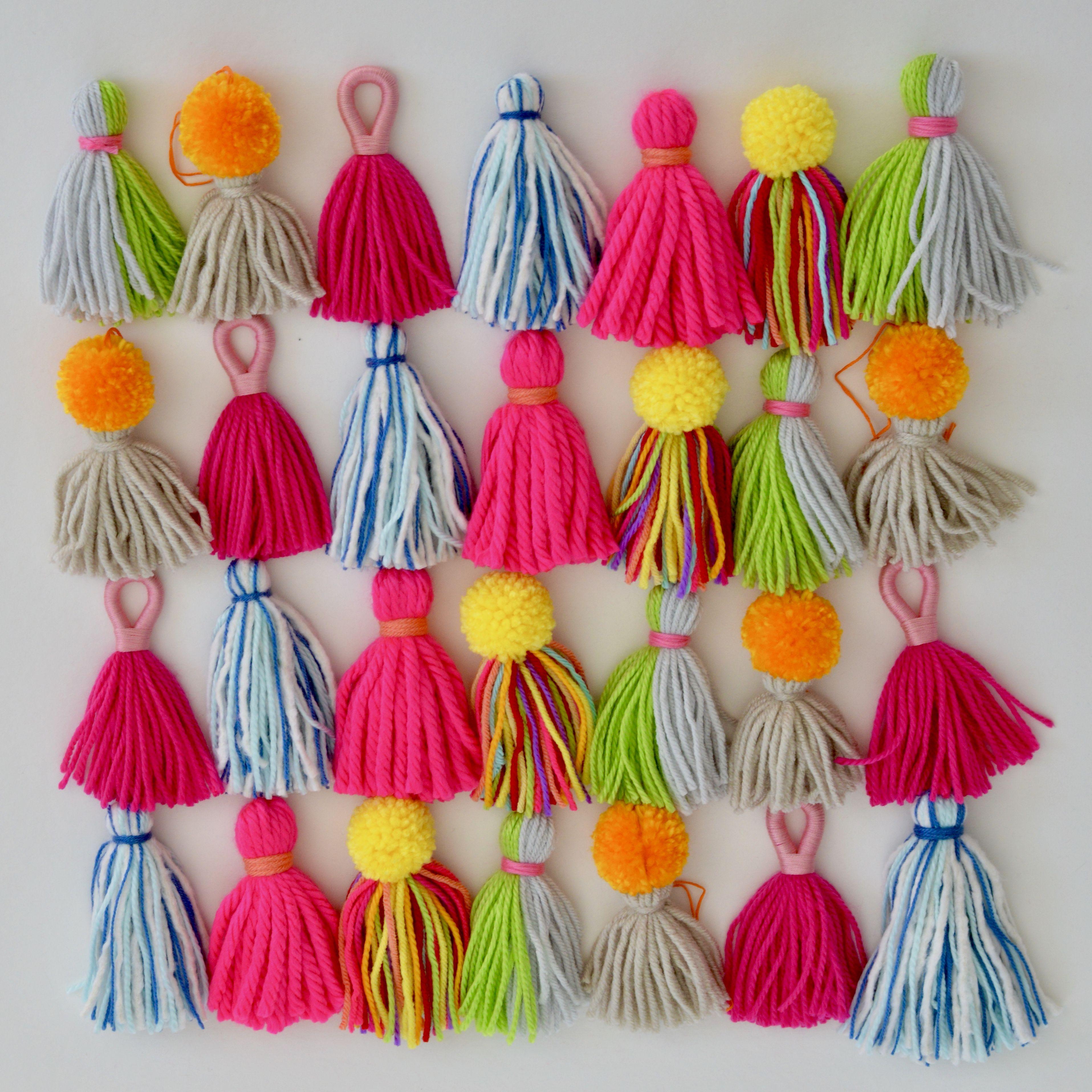 Yarn minitassels! Preschool crafts fall, Craft free