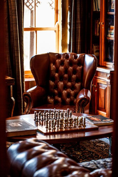 Best 25 Chesterfield Chair Ideas On Pinterest Leather