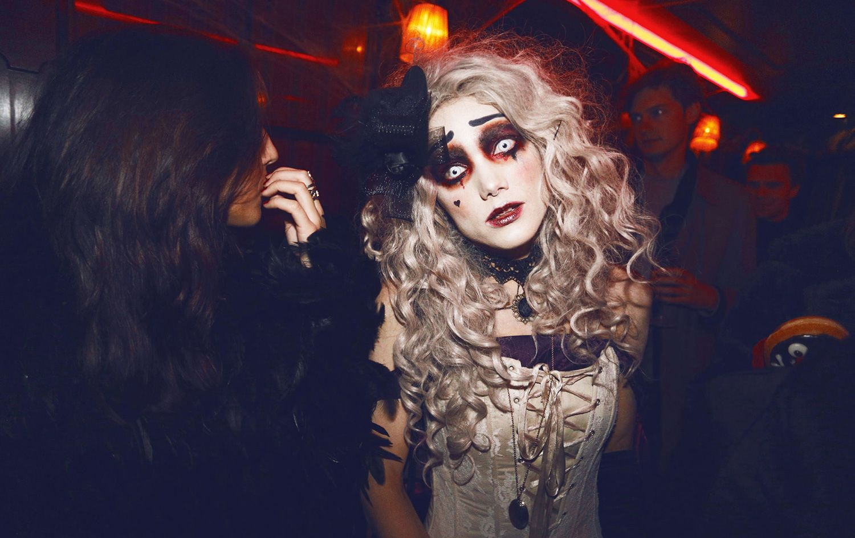 linda hallberg halloween