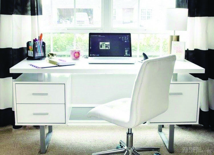 Get These Top Trending Best Office Chair Programmer That Look Beautiful Feminine Home Offices Home Office Design Home Office White Desk