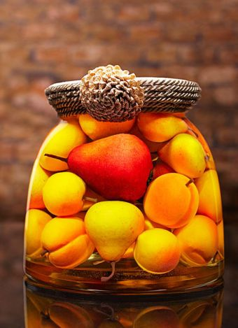 Sarabella Tuscan Art, Apricots and Pears