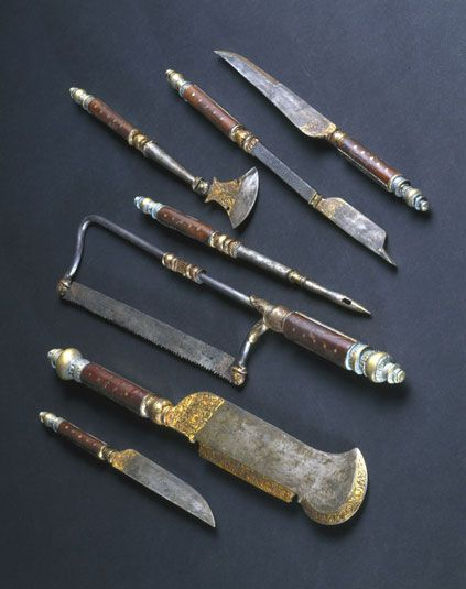 Medieval Weapons & Armour