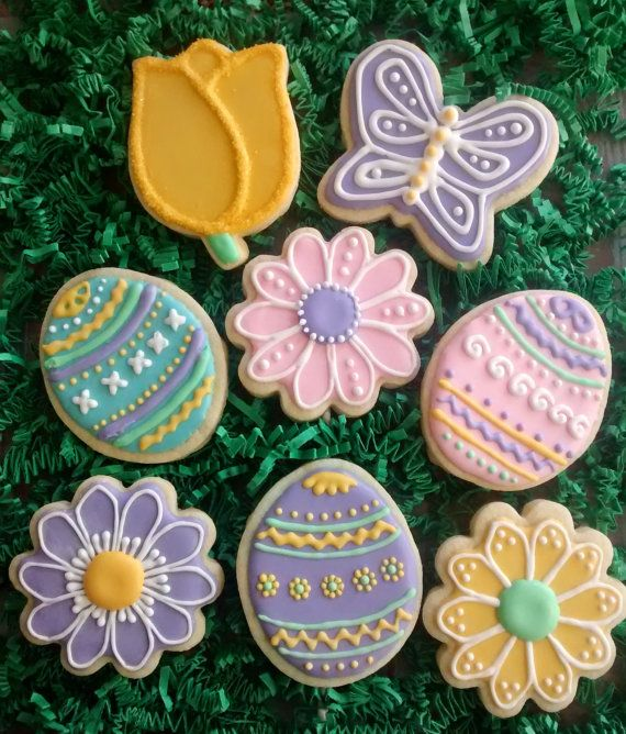 bf0442c23f 12 Easter sugar cookies, Easter eggs, daisy and tulip flowers ...