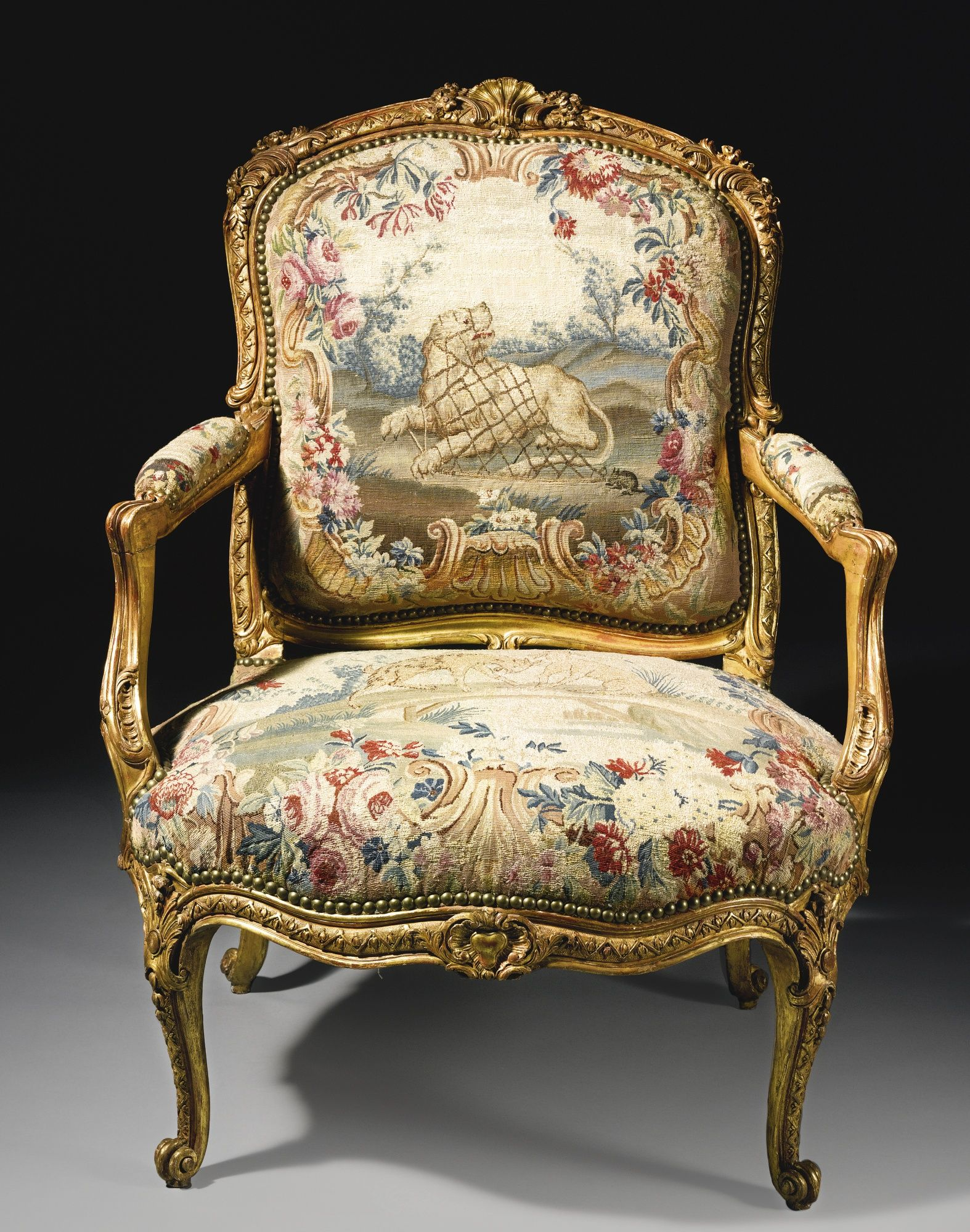 A Rare Pair Of Louis Xv Carved Giltwood Fauteuils - Fauteuils Style Rococo