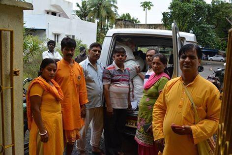 MAHESH KHAJANCHI: चेन्नई आपदा ग्रस्तों के बीच स्वास्थ्य परीक्षण , दब...