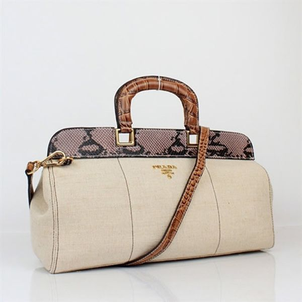 ead60985c18c Wholesale designer handbags online store large discount michael kors cheap  on wholesalereplicadesignerbags also rh pinterest