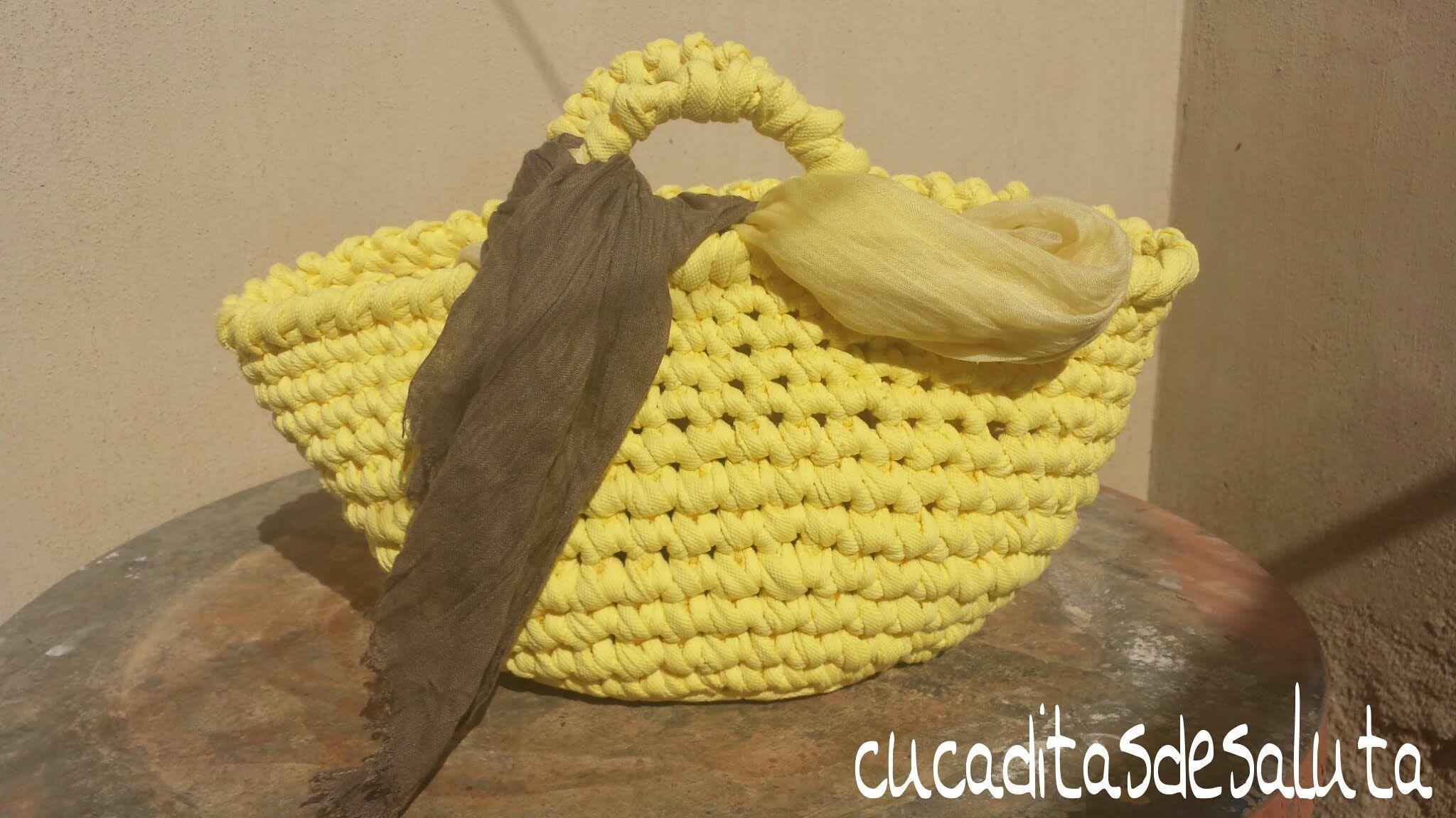 Capazo a trapillo paso paso tutorial diy basket of - Como hacer un puff de trapillo ...