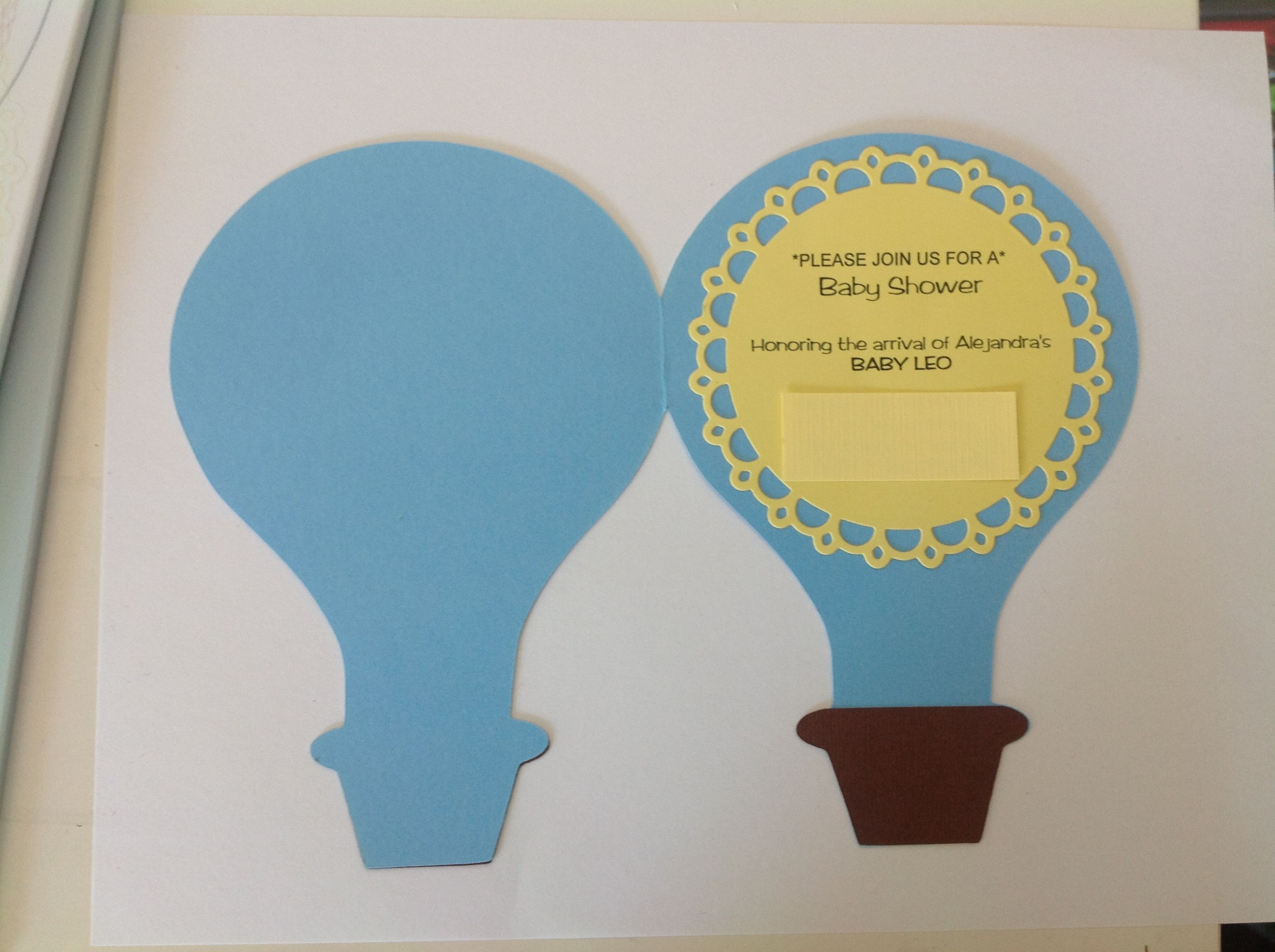 Baby shower hot air ballon theme Invitations. Inside