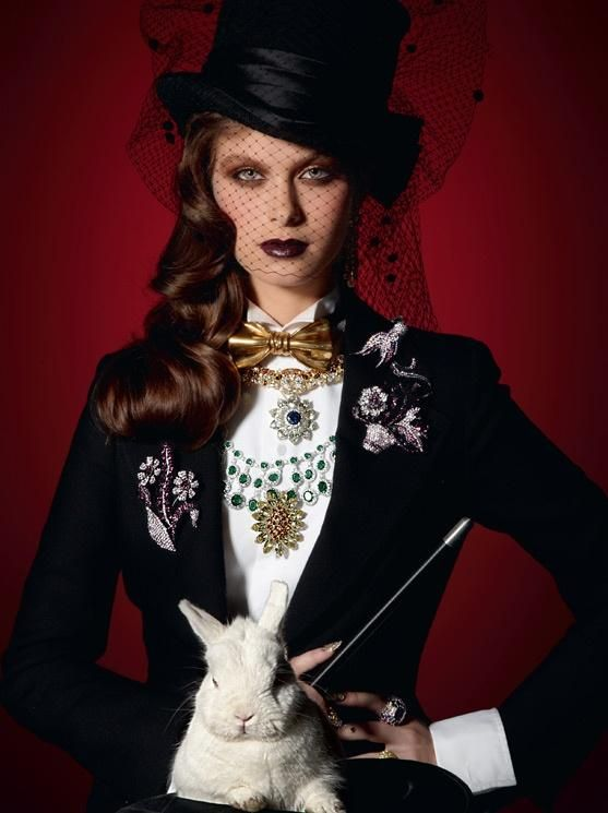 aa53ce67cd5 Magician costume idea for women.