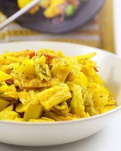 Kartoffel-Wirsing Curry (ohne Kokosmilch), ein schmackhaftes Rezept aus der Kategorie Kochen. Bewertungen: 97. Durchschnitt: Ø 4,2.