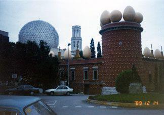 Dali Theatre-Museum  1989