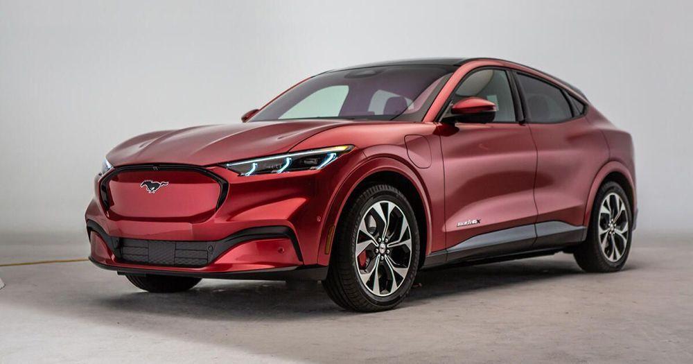 2021 Ford Mustang MachE ElektroSUV offiziell enthüllt