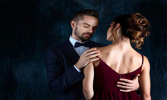site-urile matrimoniale - Traducere în engleză - exemple în română | Reverso Context