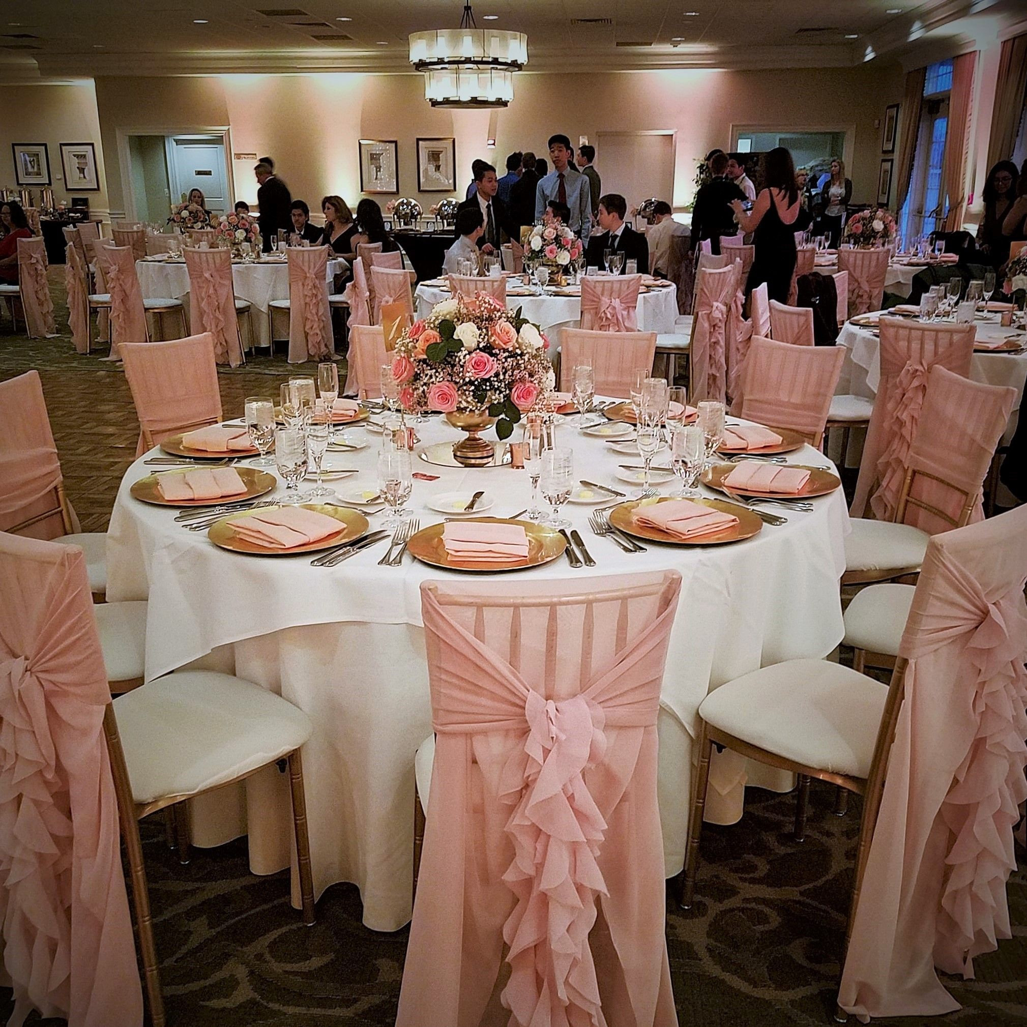 Decorations For Quinceanera In Blush Pink And Gold Quinceanera Pink Quinceanera Decorations Sweet 16 Table Decoration