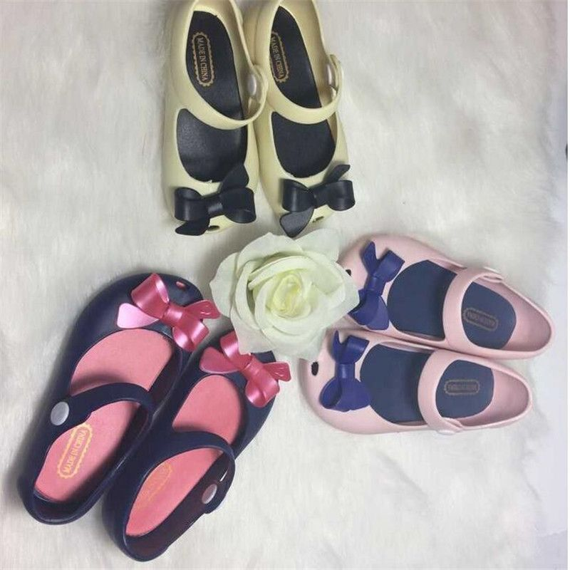 cbcec67939600f Mini Shoes For kids New Limited Strap Baby Rubber Cute Bow Sandals Girl  Bowtie Summer with Fragrance C20 alishoppbrasil